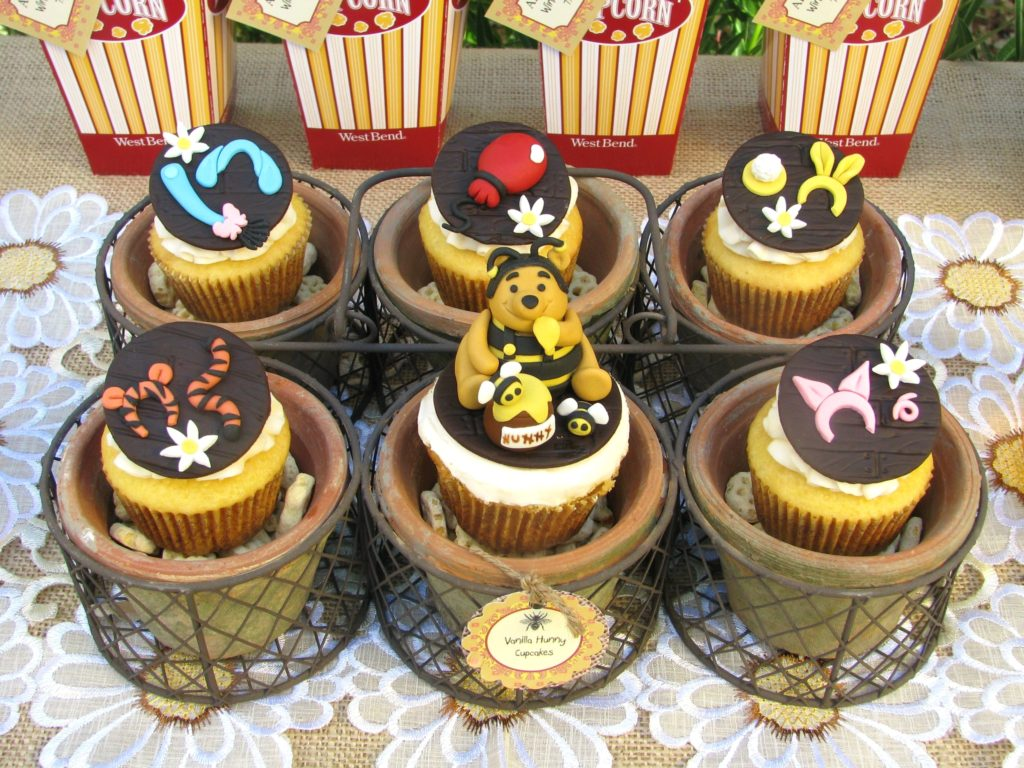 Winnie the Pooh Baby Shower Cupcakes - PinkDucky.com