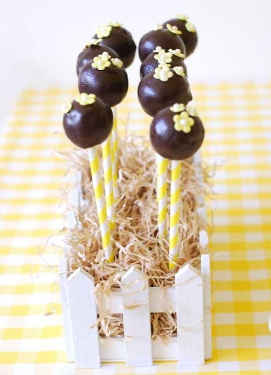 Rubber Ducky Baby Shower Cake Pops - PinkDucky.com